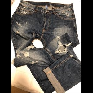 H&M Distressed Jeans